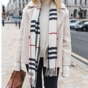 Authentic Burberry Giant-Check Cashmere Scarf